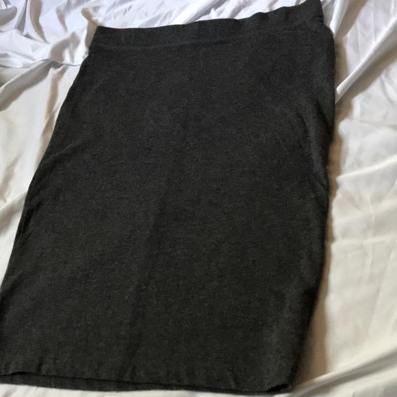 GAP Dresses & Skirts - Gap pencil skirt size M